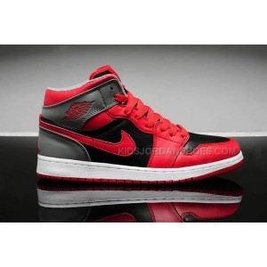 separation shoes 806ab eddd6 Womens Nike Air Jordan Retro 1